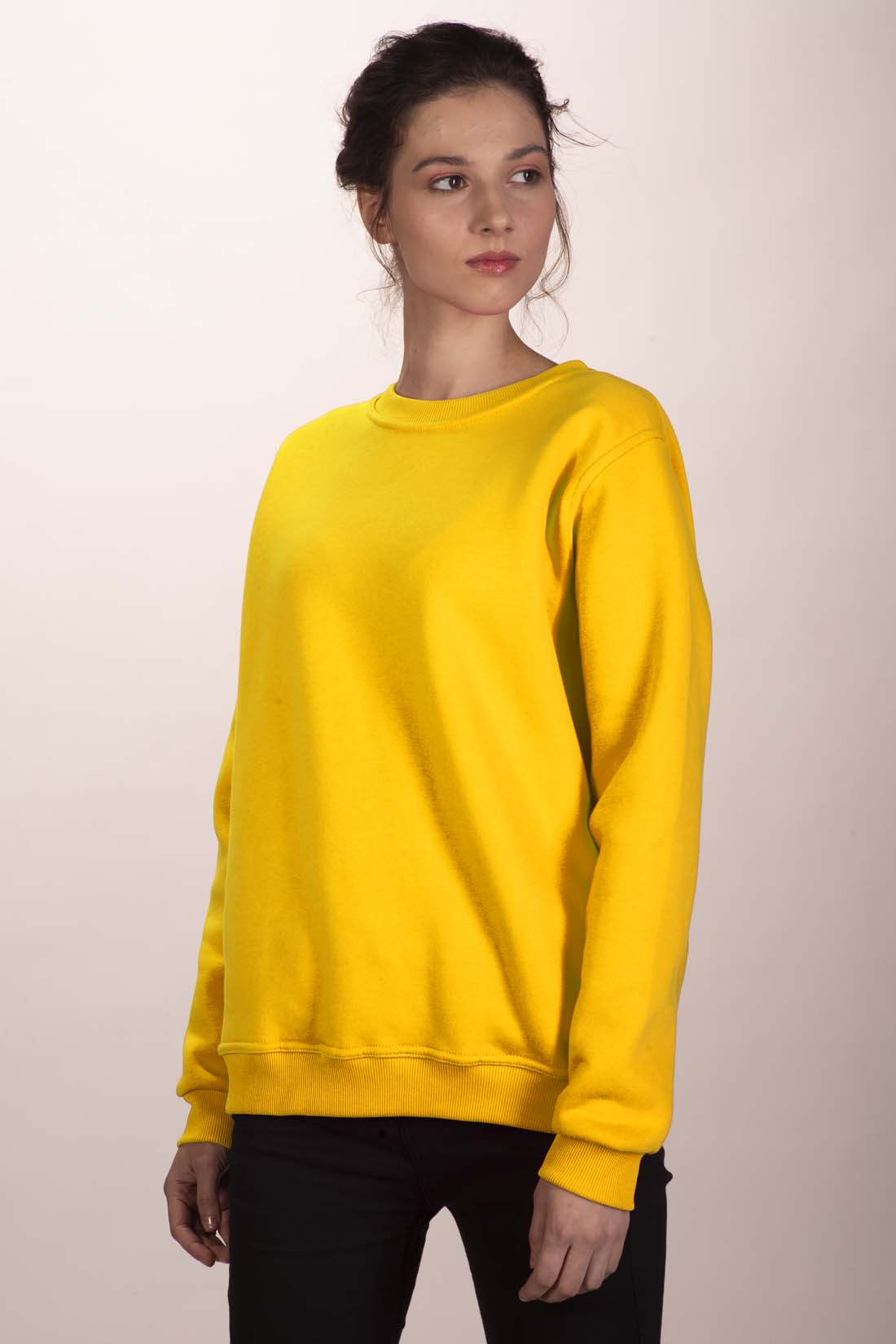 Жёлтый свитшот 2