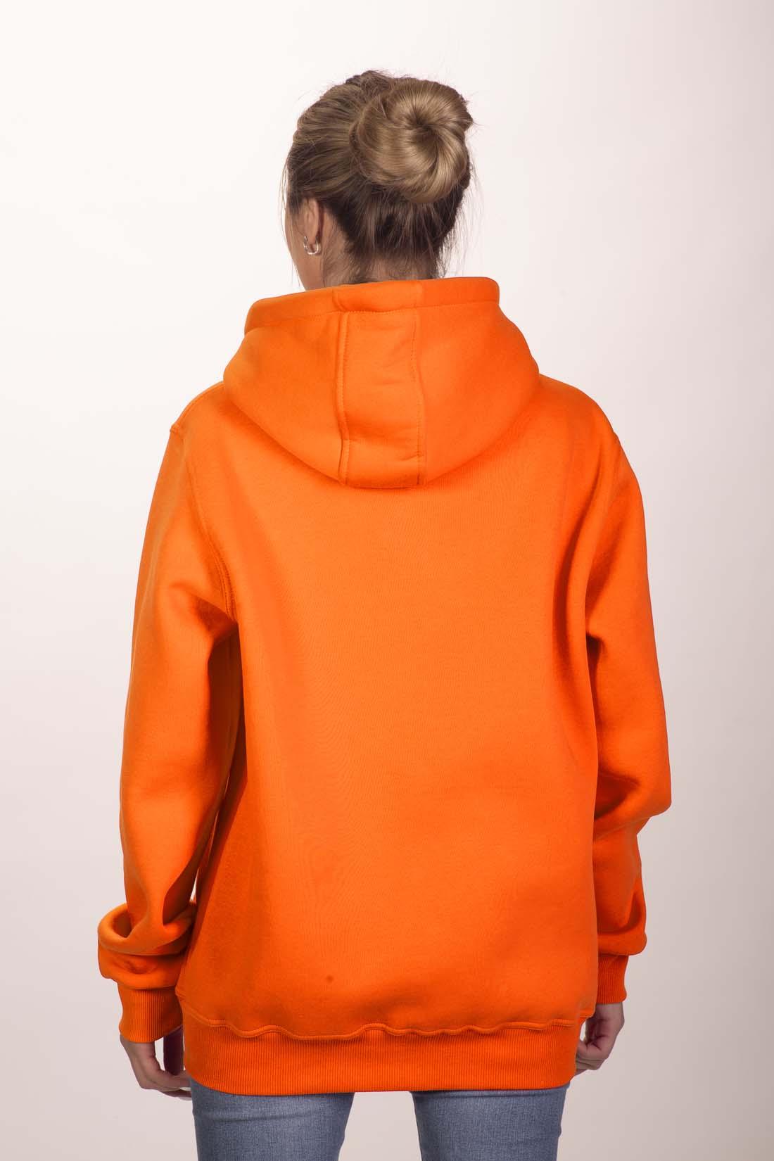 Оранжевая толстовка 2