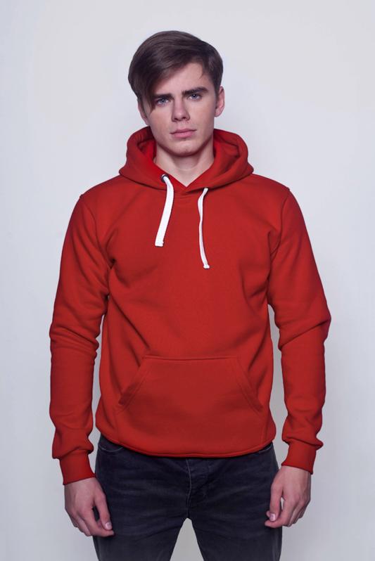 Красная мужская толстовка 1
