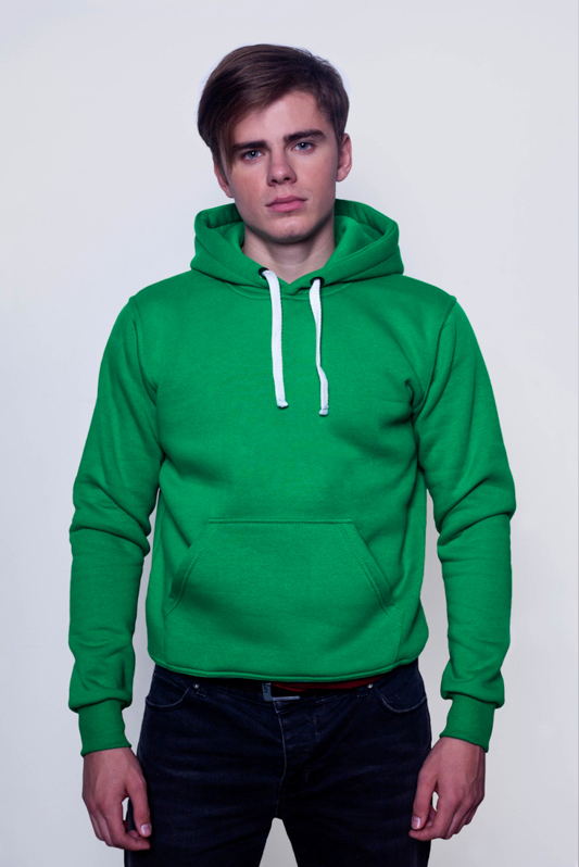 Зелёная мужская толстовка 1